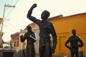 "Statue of Pedro Romero dedicated to the ""Lanceros de Getsemaní"""